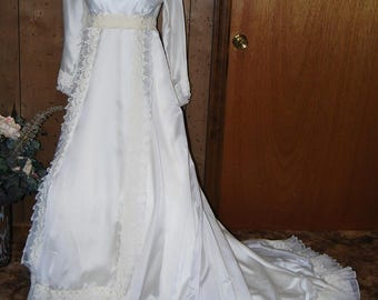 Wedding dress vintage lace