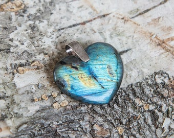 Labradorite heart pendant, heart of the ocean, natural untreated labradorite, golden blue, unique flash spectrolite stone, sterling silver
