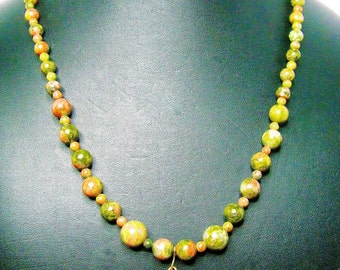 Green and Red Unakite Beaded Necklace with Matching Pendant - Item 304