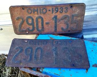 Pair of 1933 Ohio license plates, Rusty decor,garage,mancave