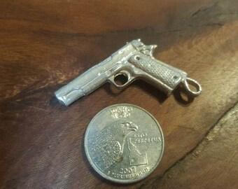 Colt 1911 pistol pendant