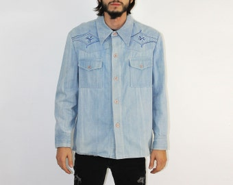 Denim Shirt - Button Front Spread Collar Side Vents WESTERN WEAR Menswear YOKE Cotton Embroidered 1970s 70s Denim Piping Cowboy Jean Shirt