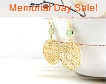 Paisley Round Drop Earrings, Mint green Gold Dangle Earrings - ,Drop, Dangle, bridesmaid gifts,Wedding jewelry,Gemstone, Valentine' Day