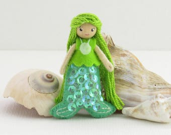Little mermaid doll, miniature bendy doll, green mermaid, small doll, poseable doll, dollhouse doll, fantasy doll, little girl doll