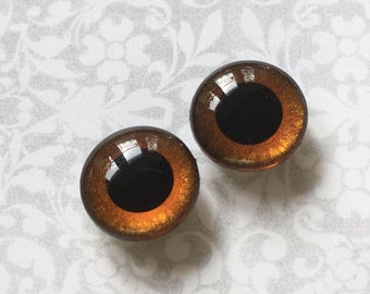 OOAK Blythe amber brown Handpainted Blythe doll eyechips set. realistic, shining, unique, glowing, metallic