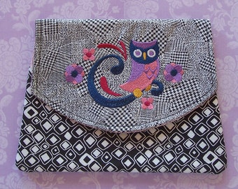 3 Pocket pouch  with Embroidered purple owl