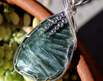 Seraphinite Stone, Seraphinite Pendant, Argentium Sterling Silver Wire Wrapped Pendant, Handmade Jewelry, Green Stone Necklace