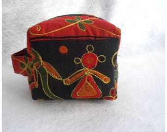 Small boxy pouch, makeup bag, travel bag, toiletry bag,cosmetic bag, gift for her.