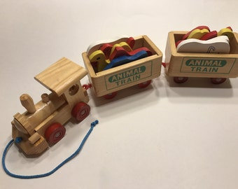 Vintage Wood pull Toy train animal set