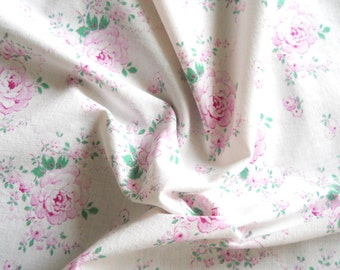 RESERVED  for KiyahBrielle- vintage floral fabric pink roses fabric pink fabric patchwork fabric quilting fabric antique pink roses 191