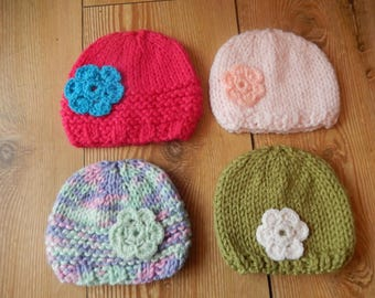 hand knitted baby girl hat / hand knit baby cap / hat with crochet flower / newborn cap
