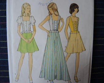 vintage 1970s Style sewing pattern 4628 juniors skirt in two lengths and top size 15-16