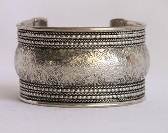 Vintage Wide Metal Cuff Bracelet 1990's Vintage Ornate