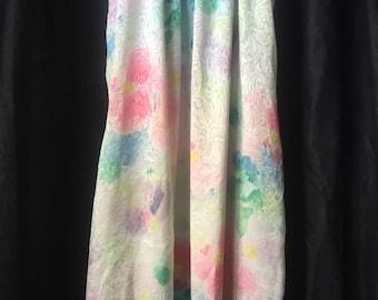 MARY MCFADDEN NIGHTGOWN vintage Slippery Damask Polyester Flutter Sleeves Size Medium