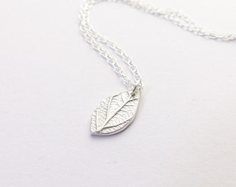 Simple Silver Necklace - Leaf Necklace - Silver Leaf Pendant Delicate Necklace - Dainty Necklace - Cute Necklace Birthday Gift for Her