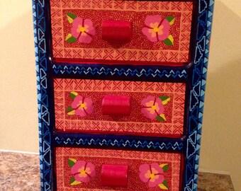 Oaxacan folk art dresser- Mexican jewelry box- Oaxaca Mexico wood carving alebrije style