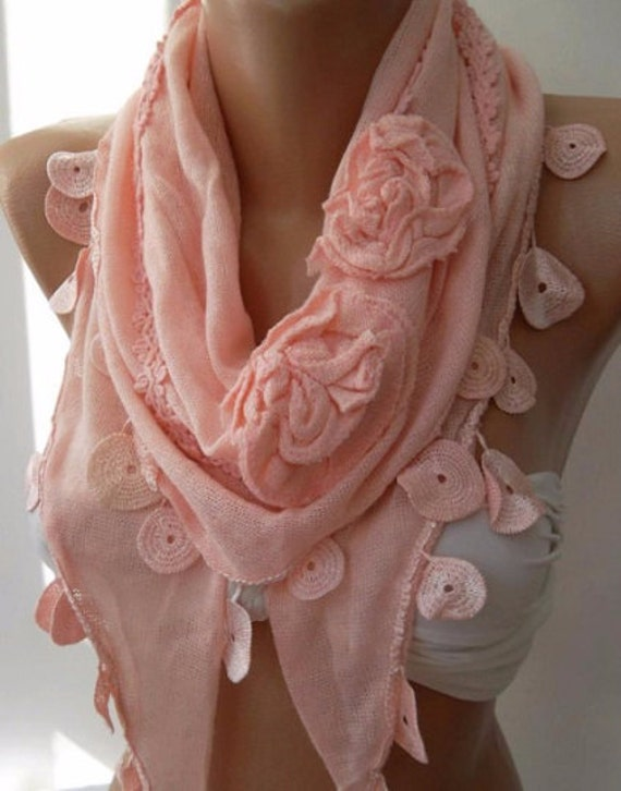 Pink Knit Scarf Triangle scarf Roses Scarf Christmas Gift Holiday Gift Scarf Winter Women Fashion Accessories Christmas Gift For Her