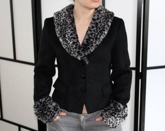 Silver leopard jacket by Collectif Size S