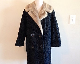 Gorgeous Mid Century 1950s Lamb Fur Karakul and Mink Fancy Ladies Coat