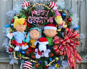 Peanuts Gang Christmas Wreath, Charlie Brown Christmas Wreath featuring Linus, Sally, Charlie, Woodstock, Snoopy, Pre-lit, READY TO SHIP