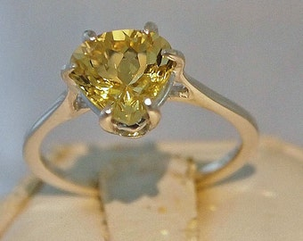 Yellow Beryl Ring, 1.65 Carat, Sterling Silver Ring, Pear Cut Size 6