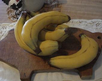 Primitive Bunch of Bananas