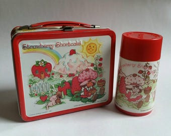1980 Strawberry Shortcake vintage metal lunch box and thermos