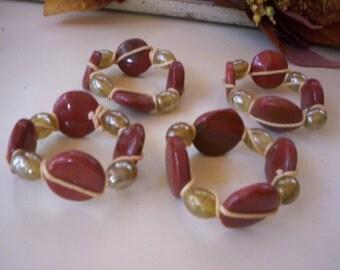 Glass beaded napkin rings/Jeweled glass napkin ring/Fall glass napkin ring/Table decor/Napkin decoration/Holiday decor/Autumn Napkin holder