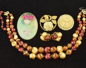 Vintage Costume Jewelry Lot BSK Porcelain Carved Flower Necklace Set ~ Lot 1038