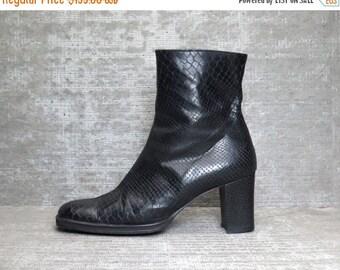 25% OFF Vtg 90s Black Leather Snakeskin Chunky Block Heel Minimal Boots 9