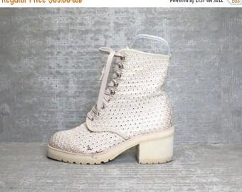 Vtg 90s Beige Crochet Eyelet Mesh Block Heel Grunge Lace up Boots 8