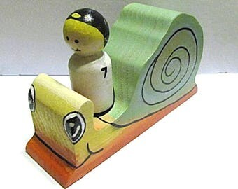 Alex and the Snail Race - Woodland Storytelling Set - Snail Toy - Wooden Peg Doll Snail Race - Wooden Snail - Wood Snail - Storytelling Toy