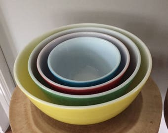 Vintage Primary Color PYREX Nesting Mixing Bowls