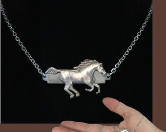 Wild Horse Western bar necklace