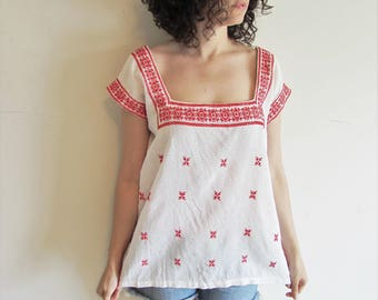 Beautiful Vintage Red and White Embroidered Gauze Ethnic Hippie Boho Tunic Shirt Top