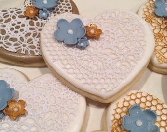Shabby Chic Rustic Lace with Flowers Cookies
