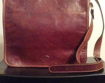 Conte Di Favour Vera Pelle Made in Italy Tanned Cognac Brown Leather Messenger Bag