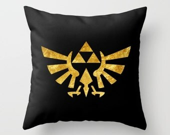 Zelda Pillow Cover, Legend of Zelda Pillow Cover, Triforce in Gold Pillow Cover, Hylian Royal Crest Pillow Cover, Zelda Cushion Cover