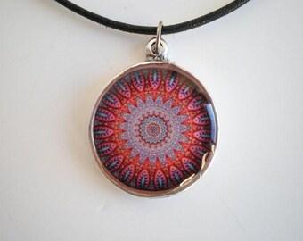 Resin pendant, Mandala, epoxy resin jewelry, epoxy resin pendant, round pendant, woman pendant