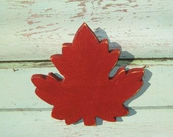 Red Maple Leaf Canada Maple Leaf Reclaimed Wood Art Wood Maple Leaf Wall Art Canadian Decor Canada Flag Wooden Maple Leaf Canadiana Decor