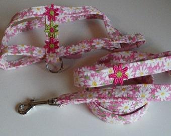 Custom Dog Harnesses and Leashes - Dog Leash - Daisy - Dog Accessories - Dog Harness - Custom Dog Harness - Small Dog Harness and Leash