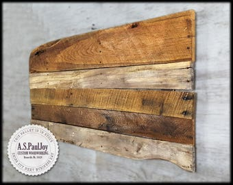 Rustic Pallet Wall Art. Pallet Sign. Rustic Shabby Chic Home Decor. Pallet Art. Reclaimed Wood Sign. Farmhouse Decor.  Barnwood Wall Hanging