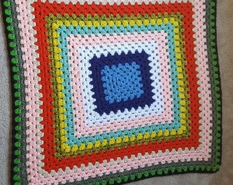 Small Vintage Afghan, 1970s Lap blanket, crocheted