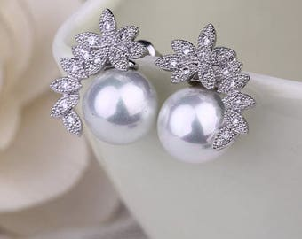 "PAIR Small Flower White Pearl Crystal Vintage Silver tunnels gauges plugs earrings 6g 4g 7/16"" 1/2"" 11mm 12mm 4mm 5mm"