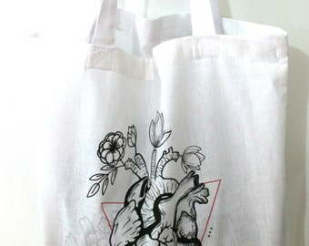 Tote bag anatomical heart and flowers