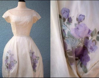 1950s Vintage Floral wedding cream dress audrey  style purple mauve floral
