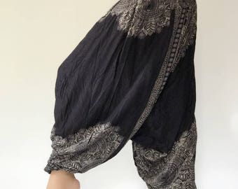"HL0025 Jumpsuit Harem Pants in Black super soft rayon baggy unisex harem pants have the ""flow"", perfect of yoga"