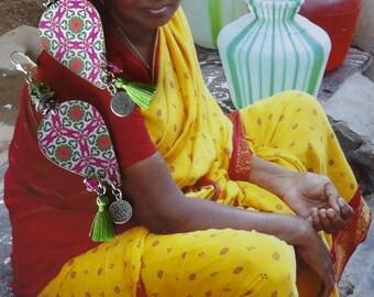 Earrings Bohemian folk - hippie chic - earrings nomadic - Hindu - Indian jewelry - pink Indian - tribal - fujigirls