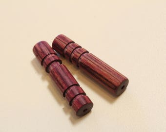 Wood beads, Customizeable, 1 pair, Fuchsia color, hand carved