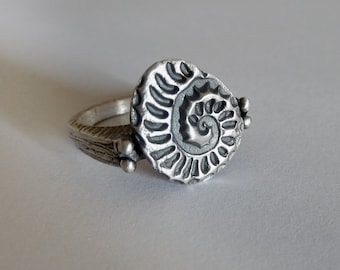 Ammonite Granulation Sterling Silver Ring - Handmade Textured Ring - Nature Inspired - Silver Fossil Ring - 6.5 US size